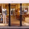 Tourist,   Plexiglass, Aluminum, photograph, 120x180cm, 2005